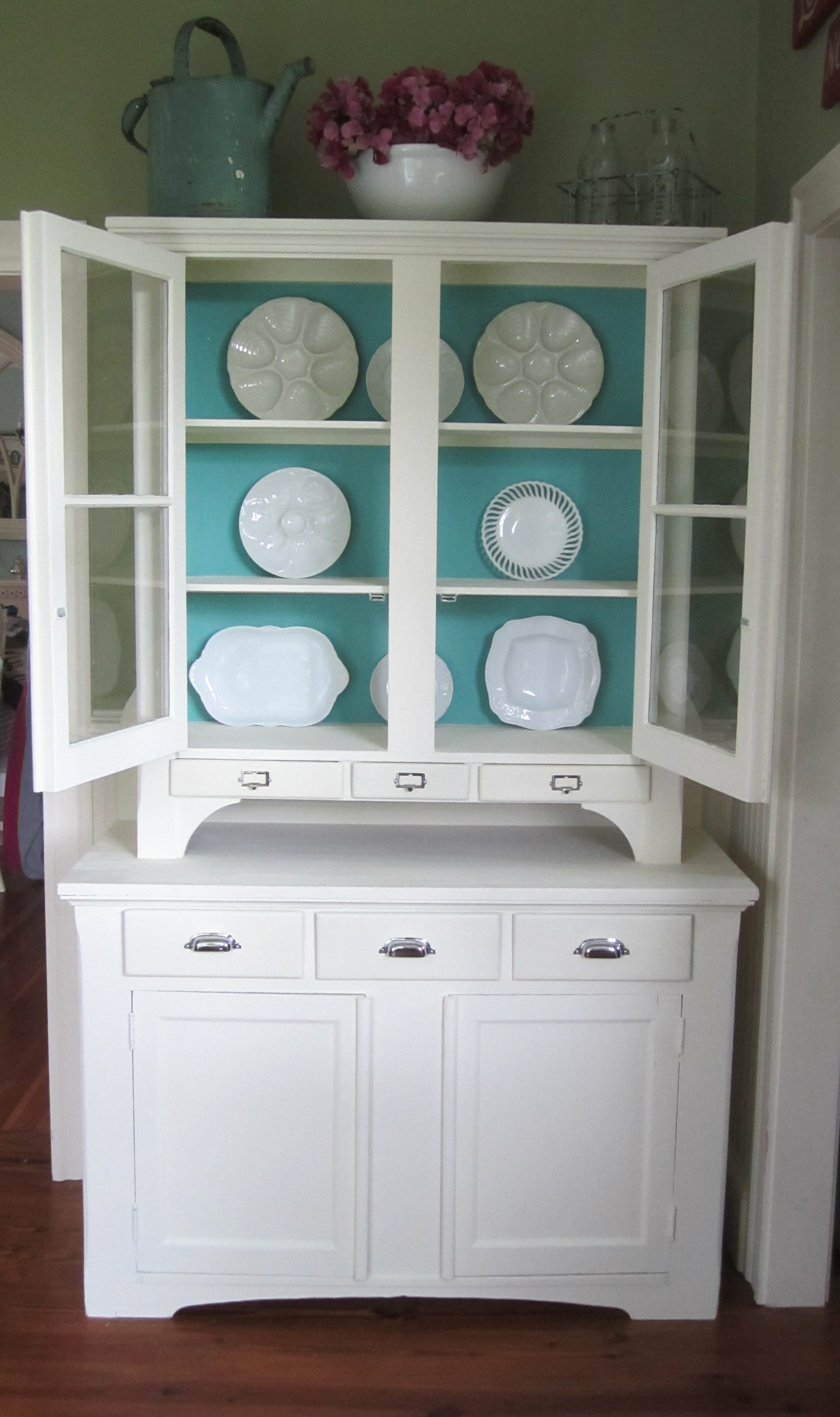 Painted Hutch Before & After