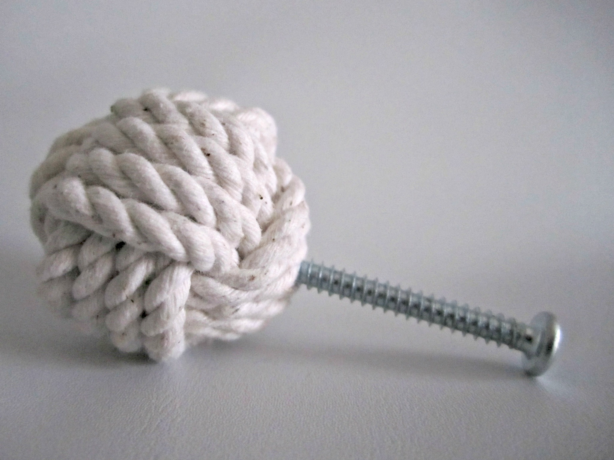 Sailor's Knot Sideview